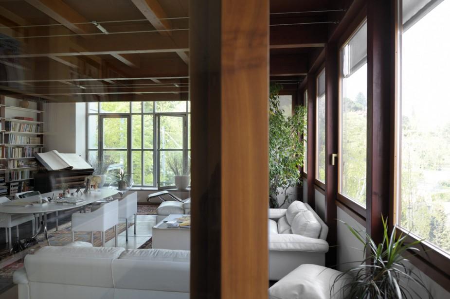 Casa sul lago interni villa on lake interior for Casa sul lago a 2 piani